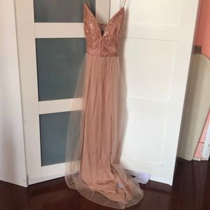 Dress worn twice in good condition